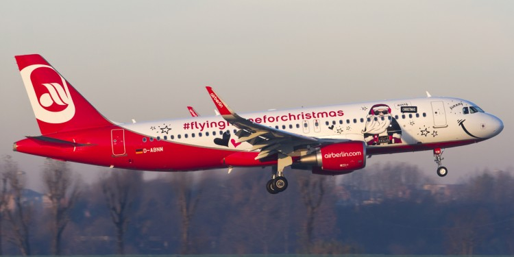 airbus 320 air berlin D-ABNM christmas
